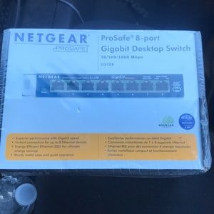 Netgear 8-port gigabit desktop switch